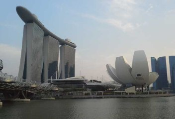 l to r: Helix, Marina Bay Sands, Art and Science Museum