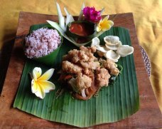 Balinese dish served on banana leaf